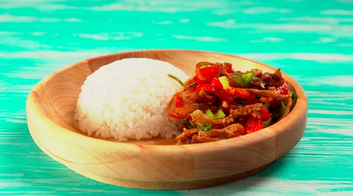Рецепт Лазджи сяй - жареная курица с овощами на сковороде