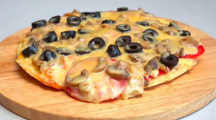 Рецепт быстрой пиццы жареной на сковороде за 10 минут