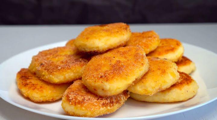 Рецепт сладких рисовых биточков жаренных на сковороде