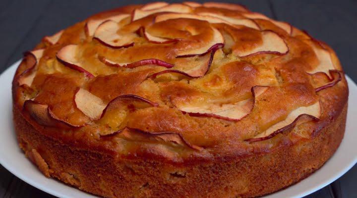 Рецепт классической Шарлотки с яблоками