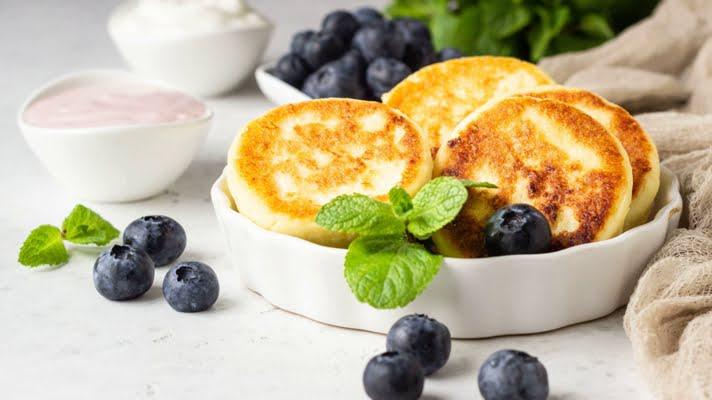 Рецепт сырников из творога - воздушные, пышные жареные на сковороде