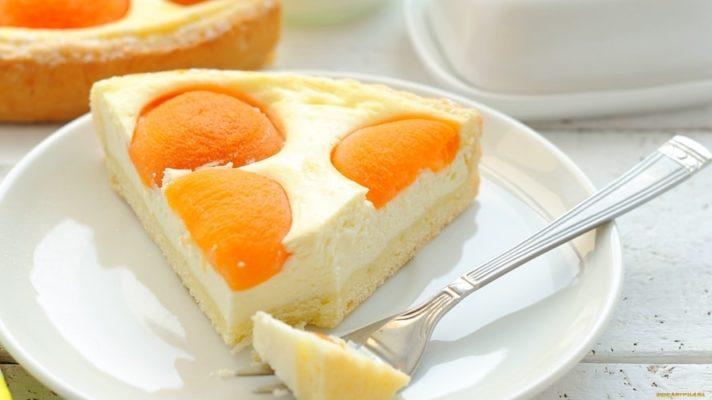Рецепт потрясающе вкусного абрикосового пирога с творогом в духовке